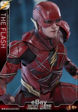 Hot Toys Justice League 1/6th scale The Flash Collectible Figure MMS448